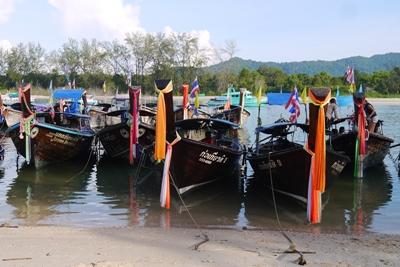 Boats in Thailand, a Projects Abroad volunteer destination