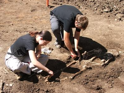 Volunteers working on the site of the Archaeology project in Romania