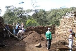 A professional archaeologist coordinates a dig on an Incan and Wari excavation site at our volunteer placement in Peru.